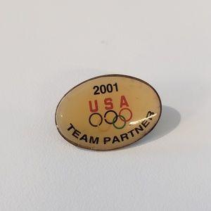 2001 Team USA Olympic Pin